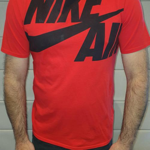 Men's Red Nike T-shirt